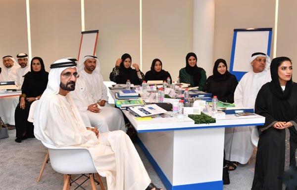 محمد بن راشد: الإمارات بقيادة خليفة عززت قيم السعادة والإيجابية