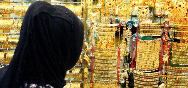 إلزام التجار ببيع الذهب مدموغاً قبل نهاية 2016
