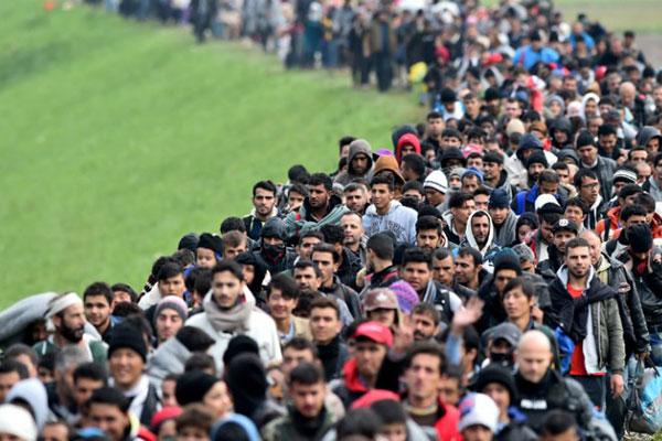 أستراليا تغلق الباب في وجه اللاجئين مدى الحياة