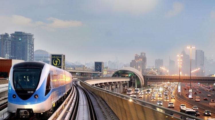 «طرق دبي» تعلن زيادة عدد الرحلات على خطي المترو الأحمر والأخضر