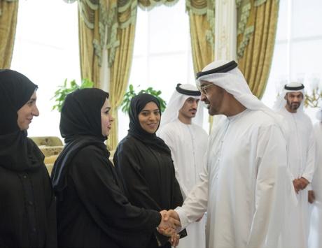 محمد بن زايد: الإمارات لن تألو جهداً في سعيها للاستثمار بالإنسان