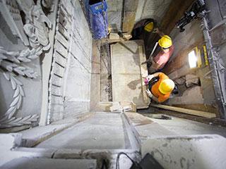 فتح قبر المسيح في القدس للمرة الأولى منذ نحو قرنين