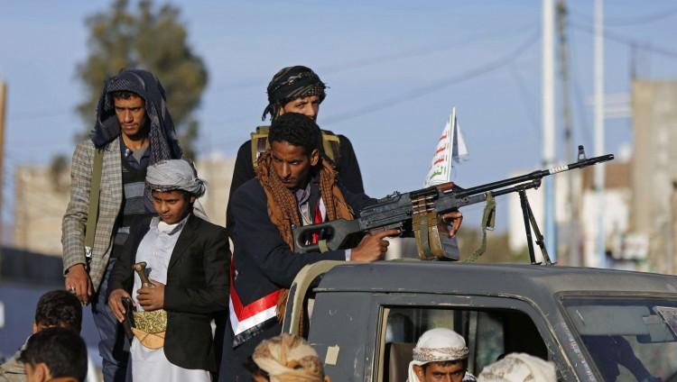 تعز تحت القصف العشوائي والحوثيون يفشلون في اختراقها