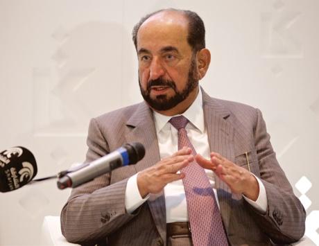سلطان: الإمارات صلبة شامخة وتأسيسها صحيح