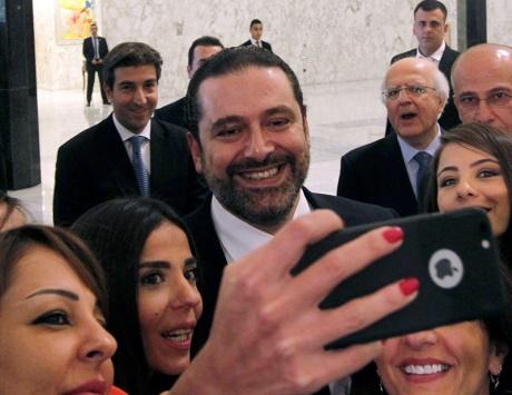 الحريري يبدأ استشاراته لتشكيل الحكومة اللبنانية الجديدة