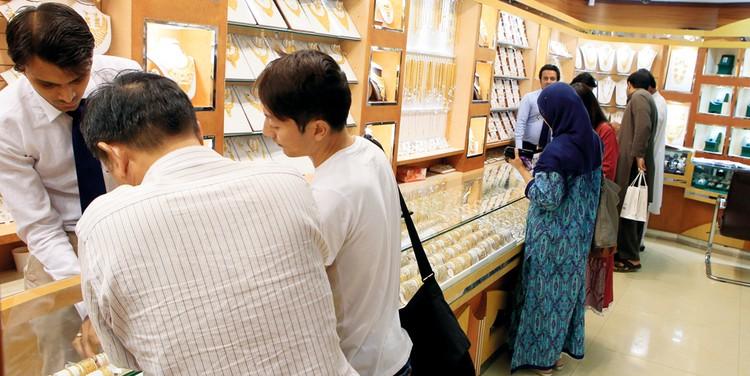«اقتصادية دبي»: بيع المشغولات الصغيرة بالقطعة ممارسة عالمية معروفة
