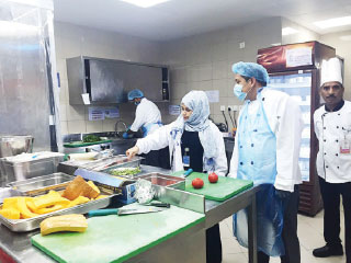 «الرقابة الغذائية»: إغلاق 5 مطاعم لعدم الالتزام بالاشتراطات الصحية
