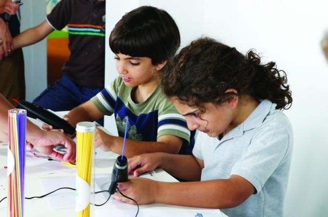 تنفيذ مشاريع الأبناء المدرسية درجات بأيدي الأمهات