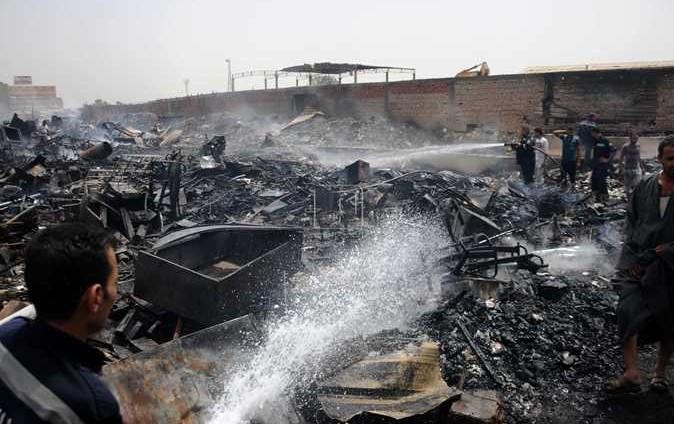 حريق هائل في سوق الجمعة بمصر و20 سيارة إطفاء للسيطرة عليه دون اصابات