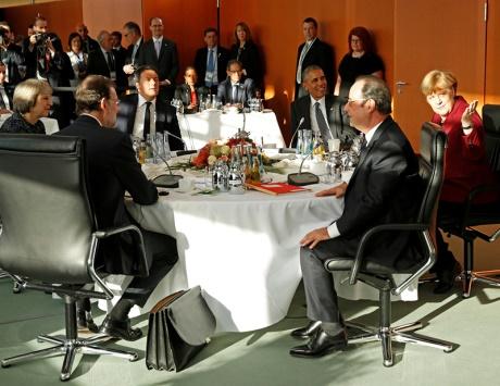 أوباما يودع أوروبا بوعود «بلا رصيد» وحلم «التعاون» مجرد أمنيات