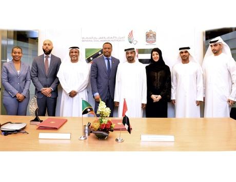 الإمارات وسانت كيتس ونيفس توقعان اتفاقية خدمات النقل الجوي