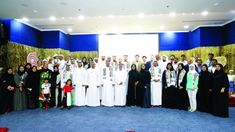 قطاع النشر في«مؤسسة دبي للإعلام » يحتفل باليوم الوطني