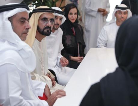 محمد بن راشد يطلق أول مسرعات حكومية بالعالم