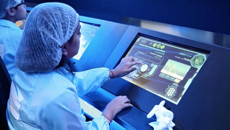 """مركز محمد بن راشد للفضاء يفتتح منصة متخصصة بعالم الفضاء في """"كيدزانيا"""""""