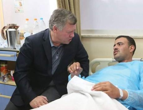 الأردنيون يشيعون شهداء الكرك وبدء التحقيق في الهجوم الإرهابي
