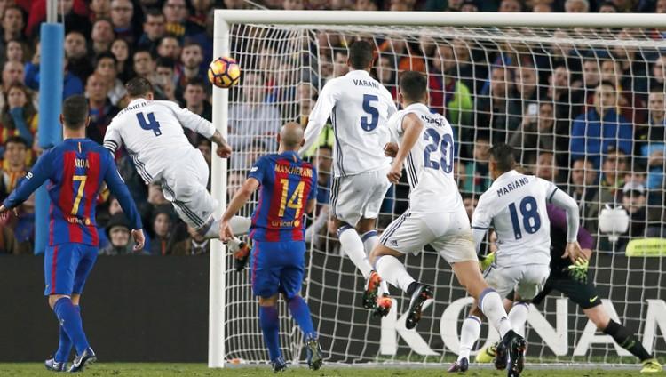 7 عوامل حرمت برشلونة الفوز على ريال مدريد