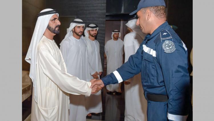 محمد بن راشد يدعو إلى ترسيخ العمل التطوعي في المجتمع