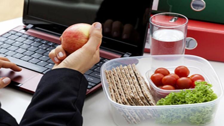 تعرف على أفضل الوجبات الصحية التي تسد جوعك أثناء الدوام