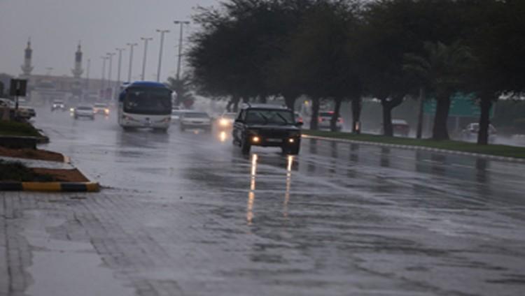 أمطار خفيفة ومتوسطة على عدة مناطق من إمارات الدولة