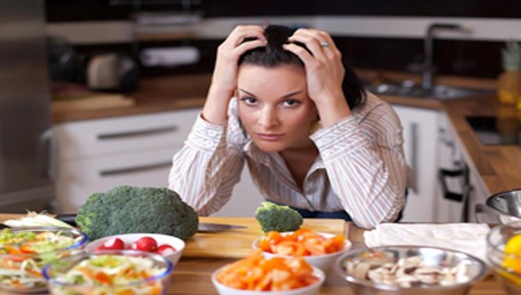 5 علامات على أنكِ تأكلين أقل من اللازم