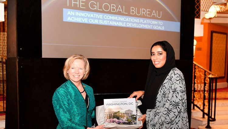 منى المرّي: دولة الإمارات أعلَت شأن الإعلام وجعلته شريكاً للحكومة في مسيرة البناء