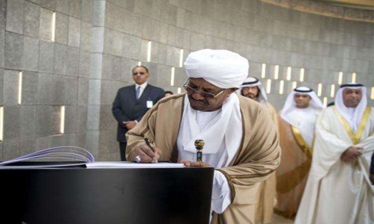 الرئيس السوداني يزور «واحة الكرامة» ويعرب عن تقديره لبطولات أبناء الإمارات