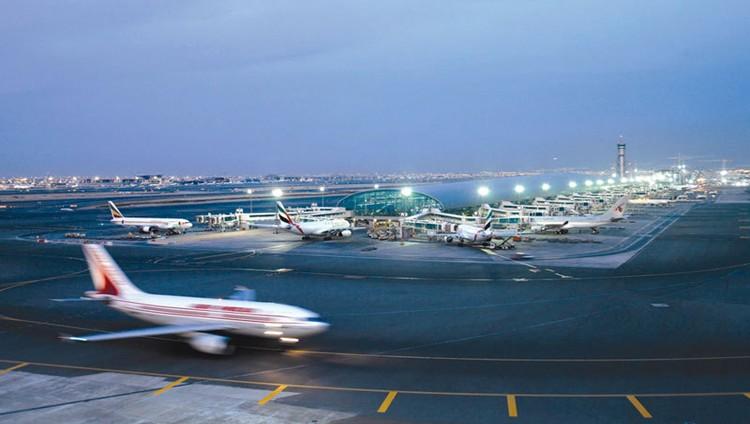 حظر 5 طائرات وشركتين أجنبيتين من استخدام مطارات وأجواء الإمارات