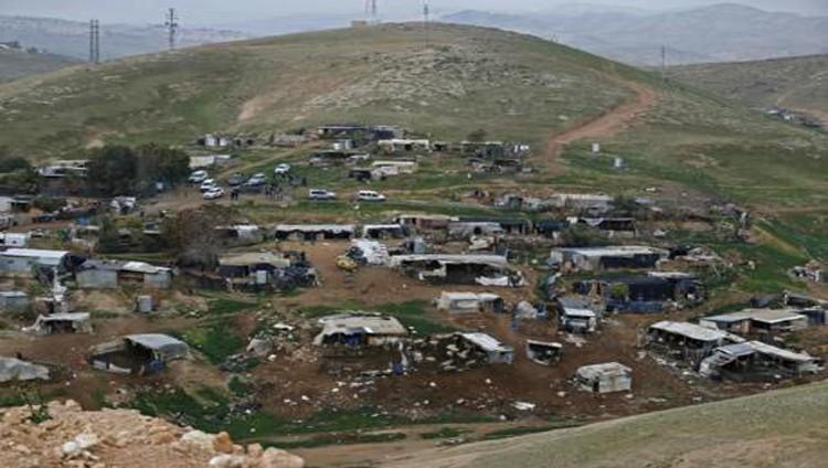 مستوطنون يدنسون الحرم القدسي واعتقال 16 فلسطينياً بالضفة
