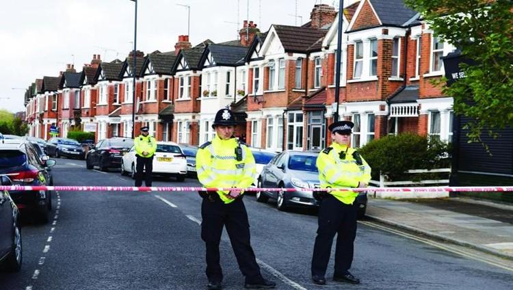 بريطانيا تحبط مخططاً إرهابياً بعد اعتقالات وإطلاق نار على امرأة