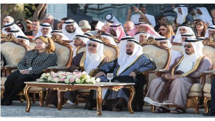 سلطان يشهد افتتاح فعاليات أيام الشارقة التراثية