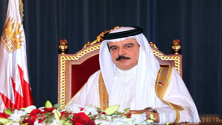 العاهل البحريني يصادق على محاكمة الإرهابيين عسكرياً