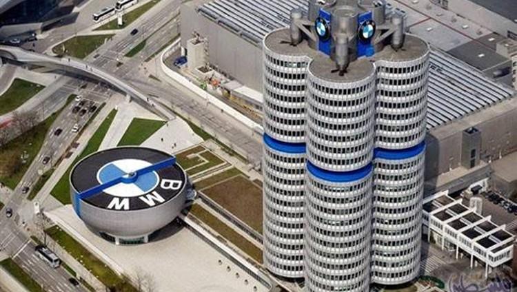 «الاقتصاد»: سحب سيارات «بي إم دبليو» المعيبة اليوم