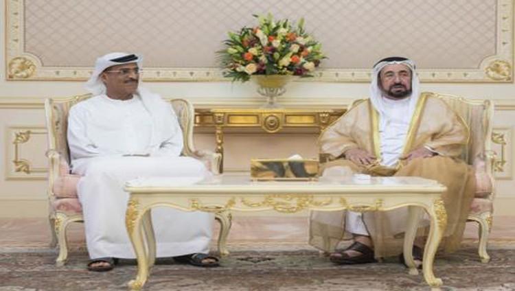 سلطان يطالب بأفضل الخدمات للمواطنين والمقيمين