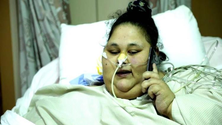 انبهار والدة إيمان عبد العاطي بتعافي ابنتها السريع في أبوظبي