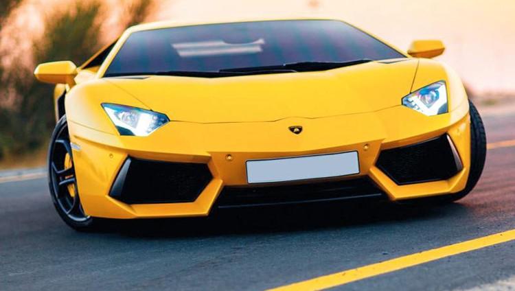 استدعاء 264 سيارة «لامبورغيني أفنتادور» في أسواق الدولة