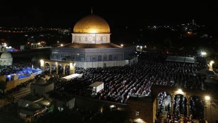 الاحتلال يعتقل أربعة فلسطينيين في الضفة بينهم أسير محرر