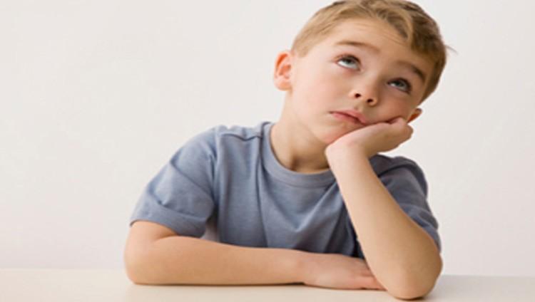 ماذا تفعل عندما يشعر طفلك بالملل؟.. 5 أشياء!