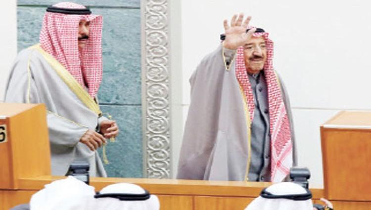 الكويت تطرد دبلوماسيين إيرانيين وتغلق الملحقيات