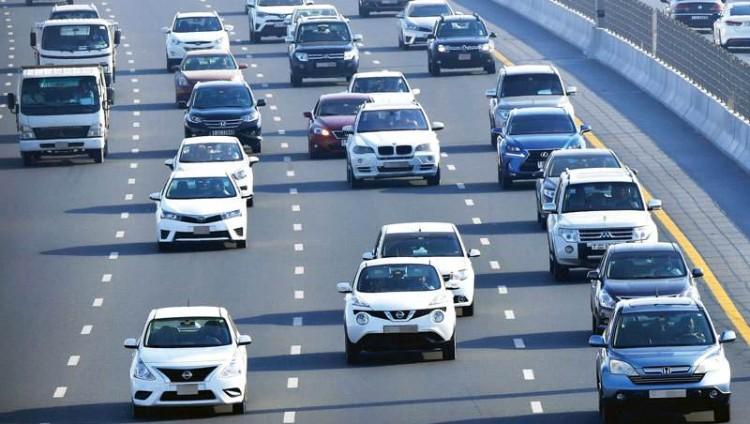 القيادة البطيئة للمركبات تربك السائقين وتهدّد بحوادث قاتلة