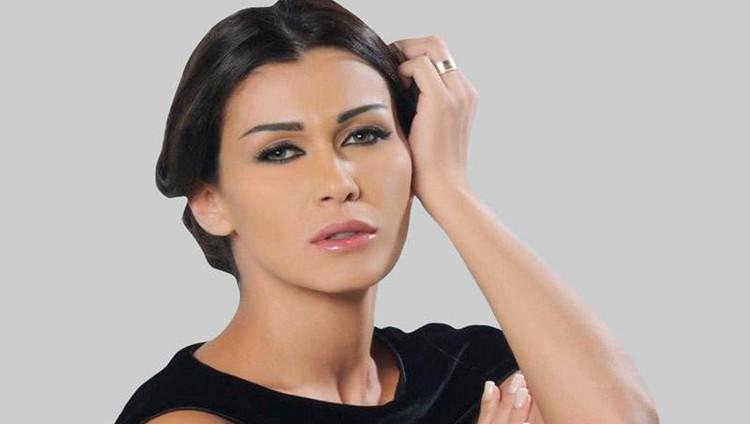 نادين الراسي: «سورية على راسي.. وأعتذر من كل إنسان انجرح»