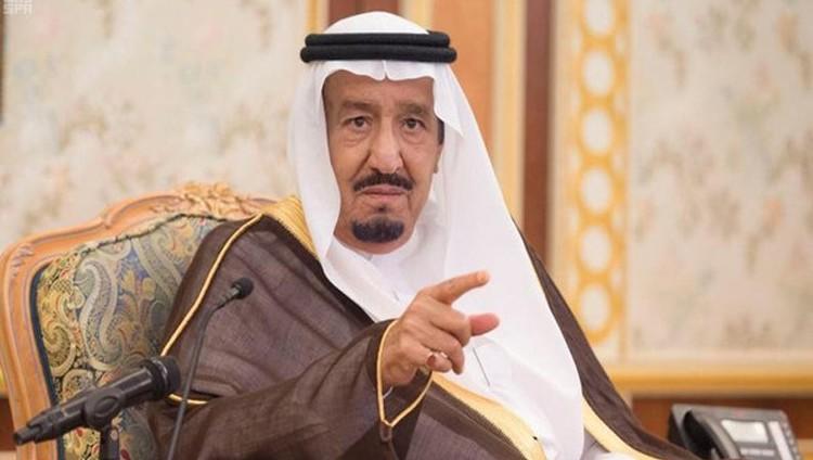 الملك سلمان يأمر بالقبض على الأمير سعود بن عبدالعزيز وشركائه