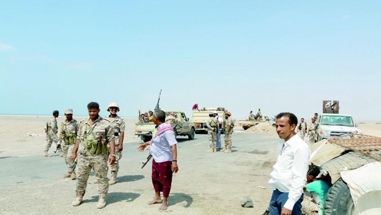 الشرعية تتقدم شرق صنعاء والتحالف يعترض «بالستياً»