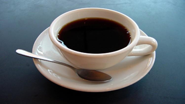 آخر كلام.. تناول القهوة باعتدال يطيل العمر