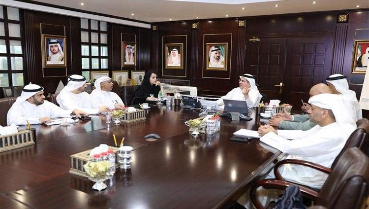 """""""ديوا"""" تتابع تركيب مولدات كهرباء احتياطية في المواقع والمنشآت الحيوية في دبي"""