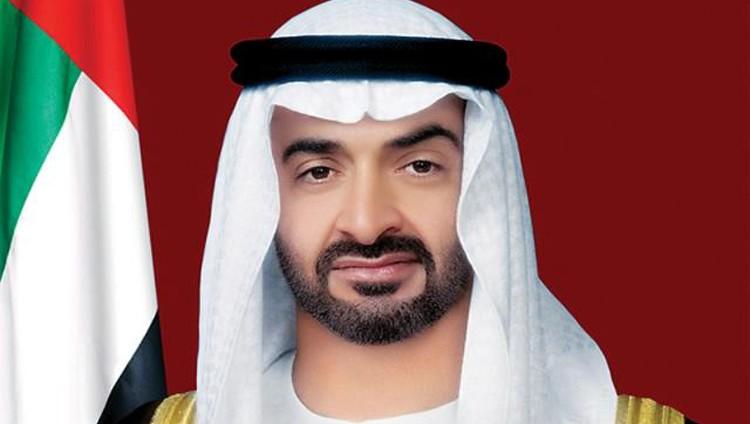 """محمد بن زايد يصل قاعدة """"محمد نجيب"""" العسكرية بمصر"""