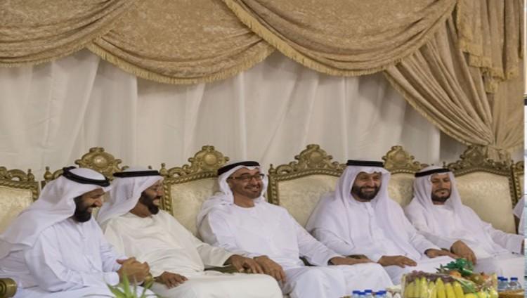 محمد بن زايد يعزي في وفاة بخيتة الكتبي
