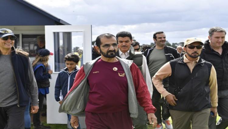 محمد بن راشد يشهد إنجازات فرسان الإمارات في أوستن بارك