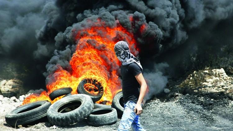 مستوطن يدهس 4 أطفال فلسطينيين عمداً