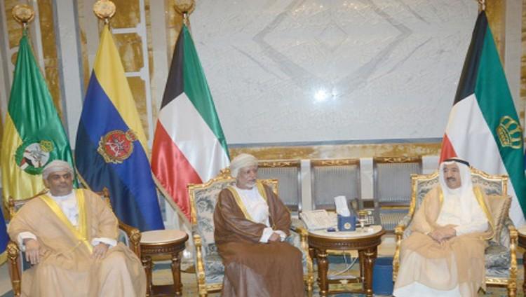 الكويت تؤكد استمرار وساطتها لحل الأزمة مع قطر