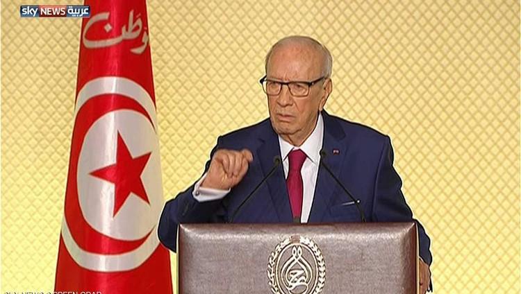 الرئيس التونسي يطلق حوارا هاما حول تسوية المرأة بالرجل في الميراث